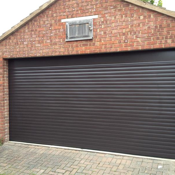Supply Fit Double Size Automatic Insulated Roller Shutter Garage